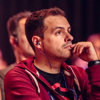 Daniel Pecos