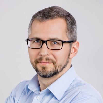 Maciej Piechowiak